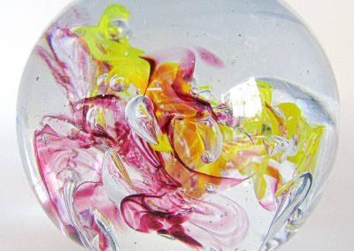 presse-papier sulfure fushia et jaune