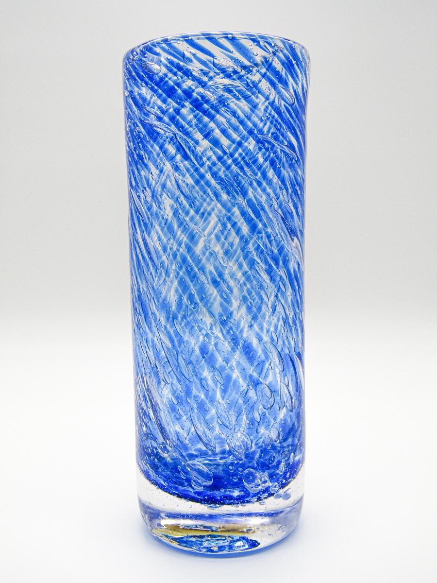 créations vase rond bleu transparent en verre soufflé patrick kimbert